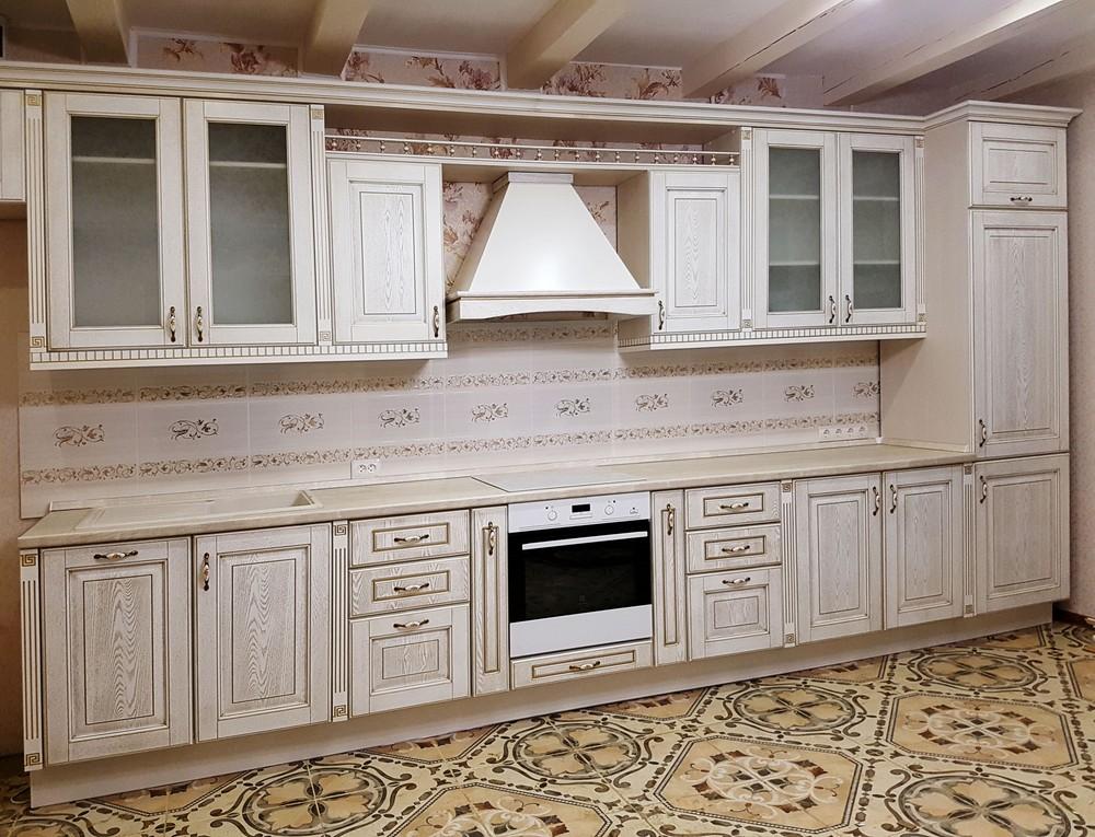 Белый кухонный гарнитур-Кухня из массива «Модель 24»-фото1