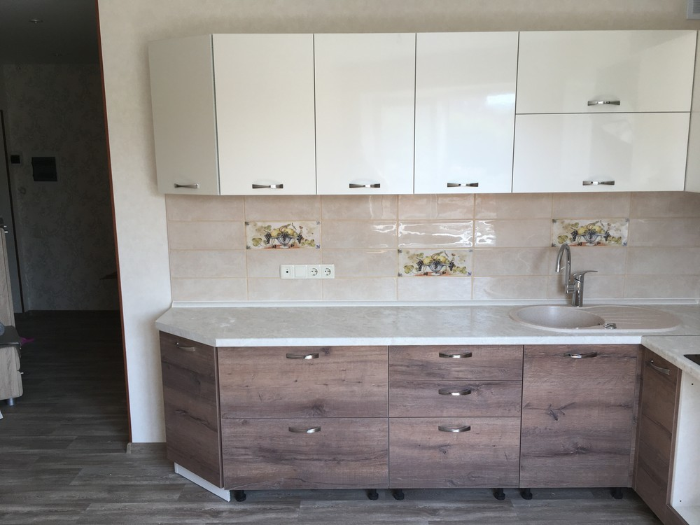 Белый кухонный гарнитур-Кухня МДФ в шпоне «Модель 318»-фото2