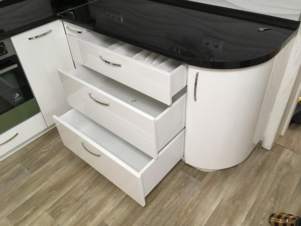Белый кухонный гарнитур-Кухня МДФ в ПВХ «Модель 311»-фото7