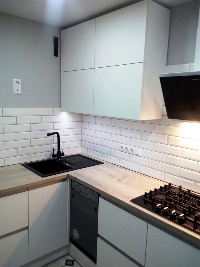 Белый кухонный гарнитур-Кухня из пластика «Модель 198»-фото2