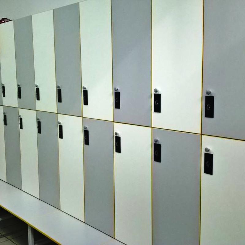 Торговая мебель-Шкафчики для раздевалки «Модель 157»-фото1