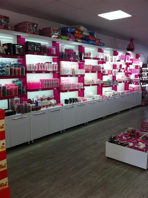 Магазин косметики-Мебель для магазина «Модель 175»-фото3