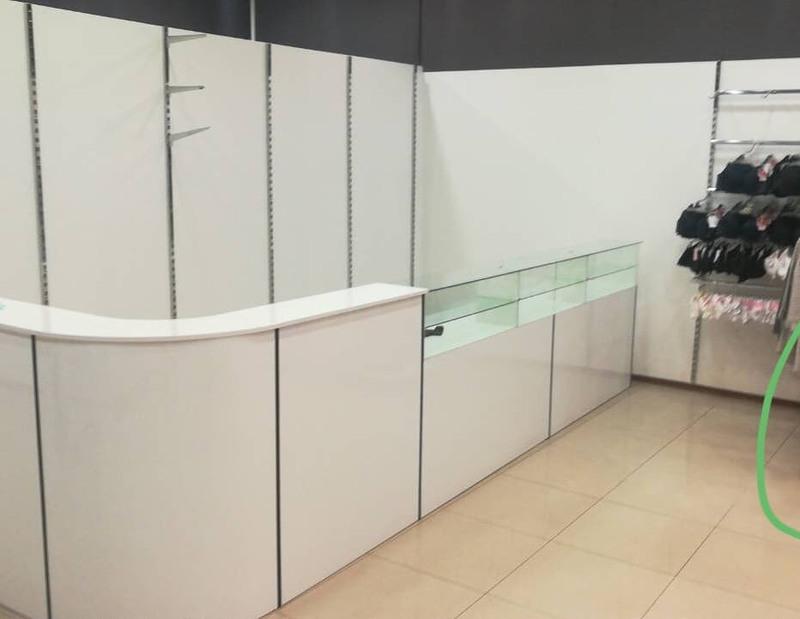 Магазин одежды-Мебель для магазина «Модель 31»-фото1