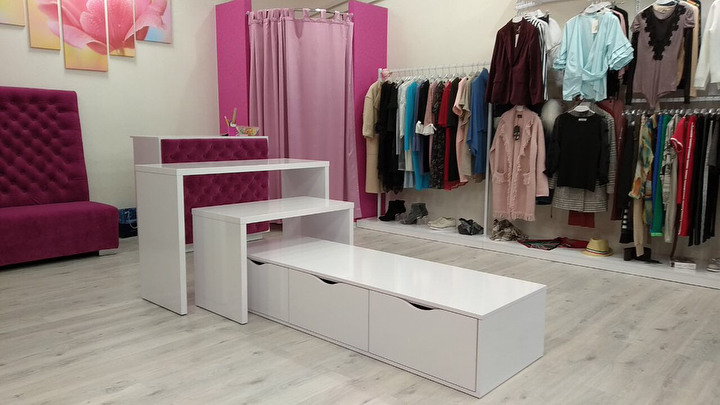 Магазин одежды-Мебель для магазина «Модель 32»-фото1