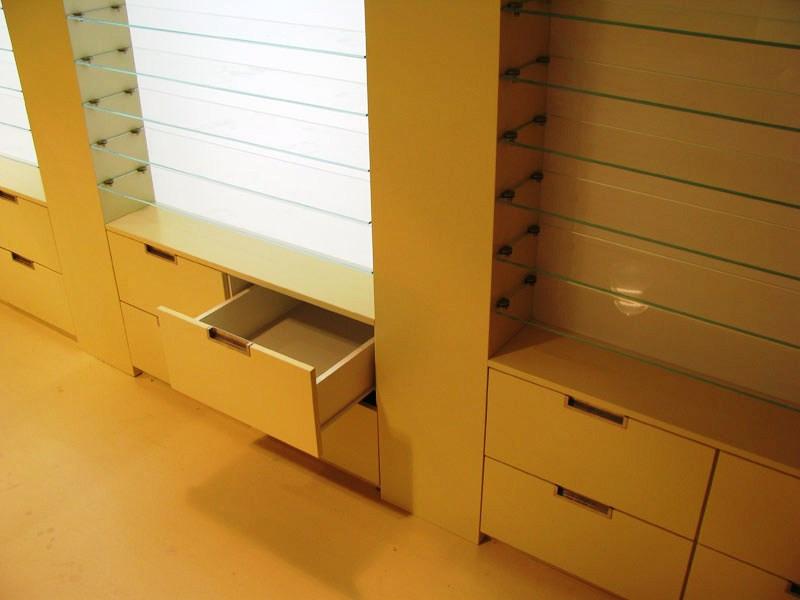 Оптика-Мебель для оптики «Модель 205»-фото2