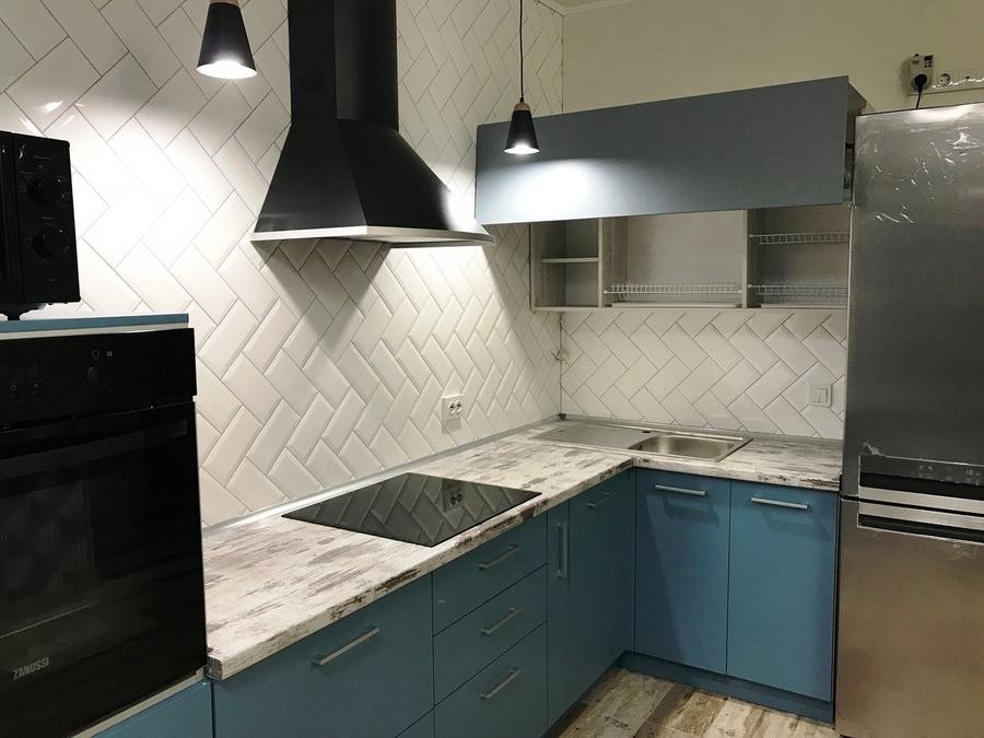 Комбинированные кухни-Кухня из пластика «Модель 373»-фото3