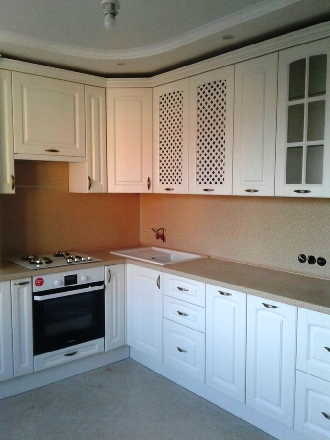 Белый кухонный гарнитур-Кухня МДФ в ПВХ «Модель 387»-фото1