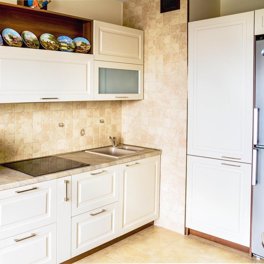 Белый кухонный гарнитур-Кухня МДФ в эмали «Модель 408»-фото1