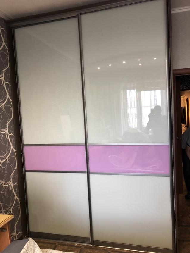 Бельевой шкаф-купе-Шкаф-купе из стекла c Oracal «Модель 473»-фото1