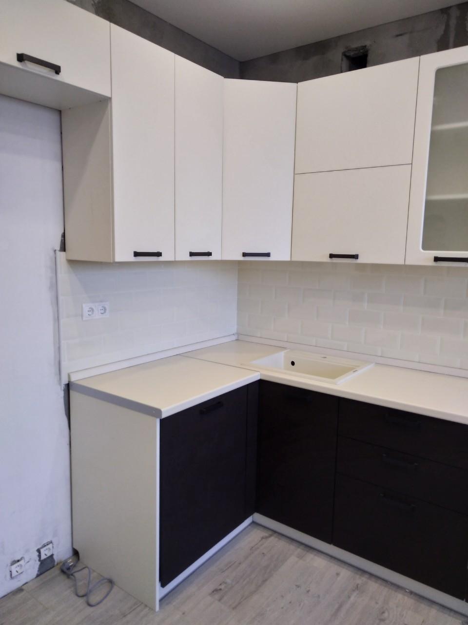 Белый кухонный гарнитур-Кухня МДФ в ПВХ «Модель 545»-фото4