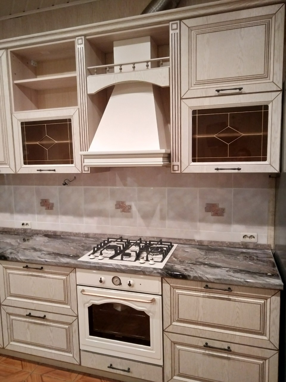 Белый кухонный гарнитур-Кухня МДФ в ПВХ «Модель 547»-фото4