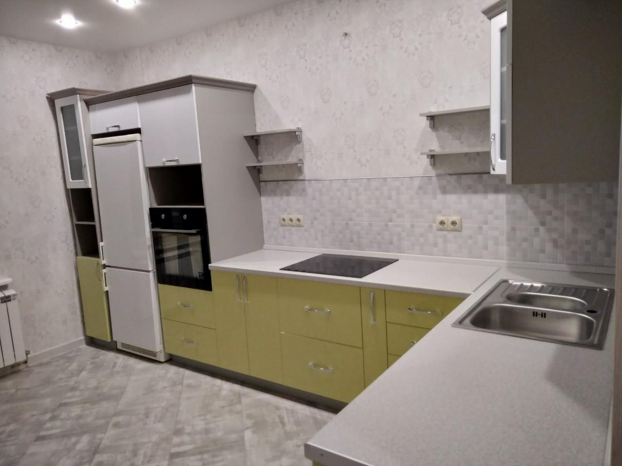 Белый кухонный гарнитур-Кухня МДФ в ПВХ «Модель 525»-фото2
