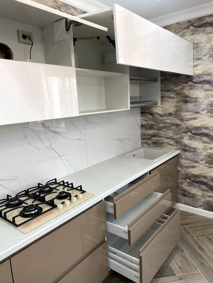 Белый кухонный гарнитур-Кухня МДФ в эмали «Модель 565»-фото5