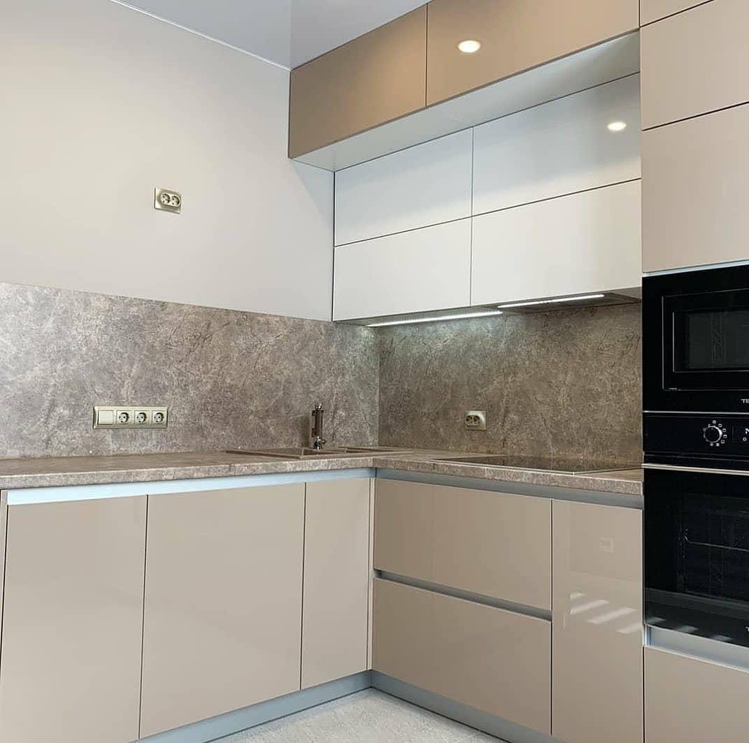 Бежевые кухни-Кухня из пластика «Модель 633»-фото3