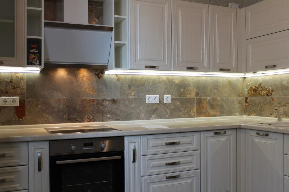 Акриловые кухни-Кухня из пластика «Модель 132»-фото4