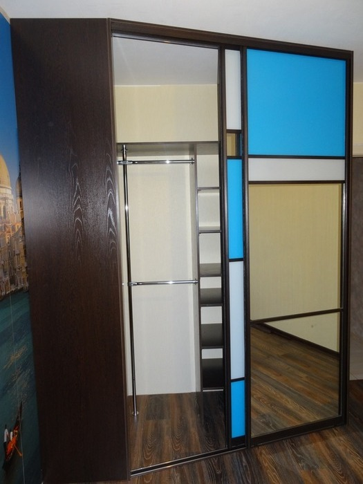 Встроенные шкафы-купе-Шкаф-купе с зеркалом «Модель 45»-фото3