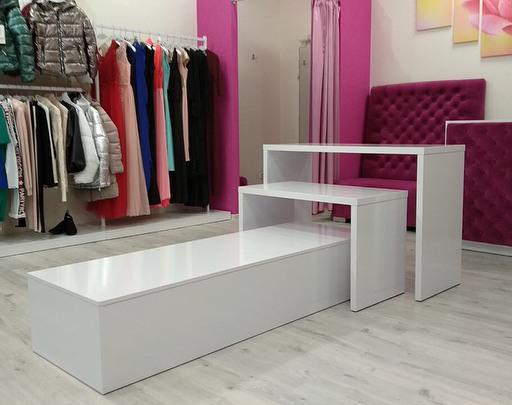 Магазин одежды-Мебель для магазина «Модель 32»-фото2