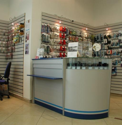 Магазин телефонов-Мебель для магазина «Модель 81»-фото2