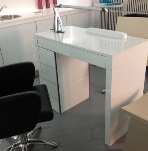 Маникюрный салон-Мебель для салона «Модель 132»-фото1