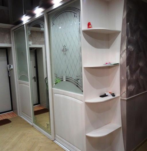 Белые шкафы-купе-Шкаф-купе с зеркалом «Модель 456»-фото3