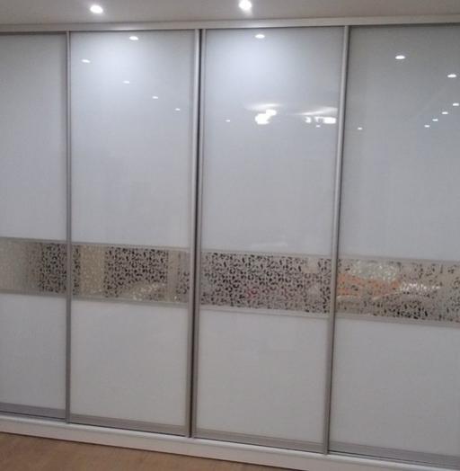Белые шкафы-купе-Шкаф-купе из стекла Лакобель «Модель 101»-фото3